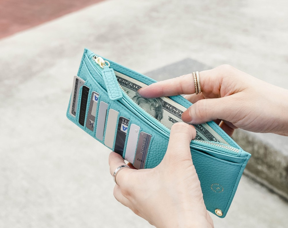 Swift Wristlet Long Wallet